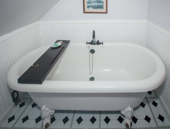 3rd floor tub