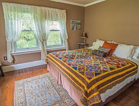 1st floor bed